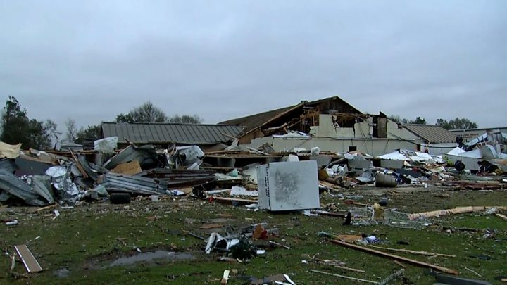 US storms: No longer no longer as much as eight killed in extreme weather thumbnail