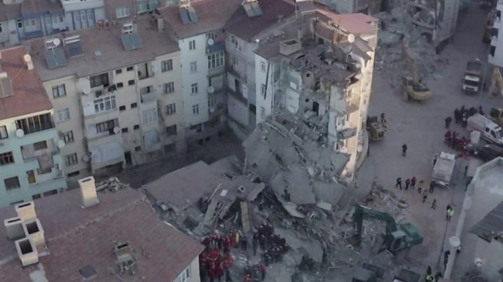 Turkey earth quake death toll rises to 31