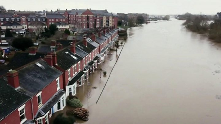 Storm Dennis: UK set up of abode for month's price of rain in 24 hours amid floods thumbnail