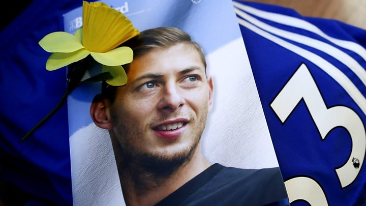 Emiliano Sala plane crash: pilot did not have required licence