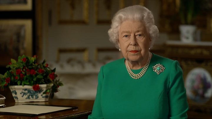 Королева Елизавета II призвала британцев к самодисциплине и решимости