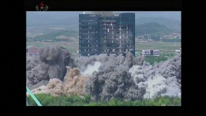 Coreia do Norte: Kim Jong-un 'suspende ação militar' contra o Sul 2