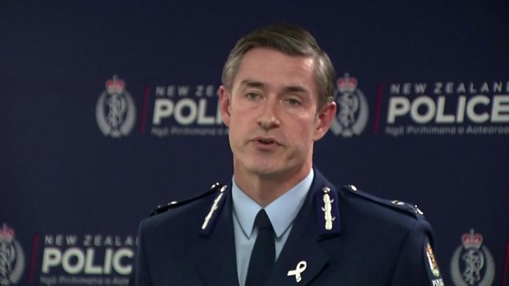Unarmed NZ police officer shot dead in Auckland
