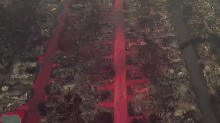 US West Coast fires: Trump fans flames of climate row in California thumbnail