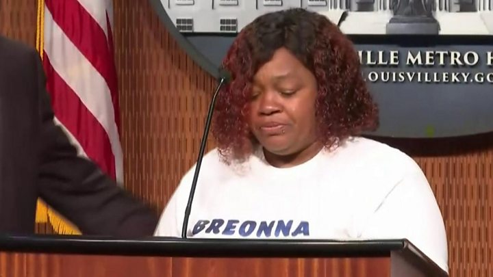 Breonna Taylor Louisville To Pay Family 12m Over Police Shooting Bbc News