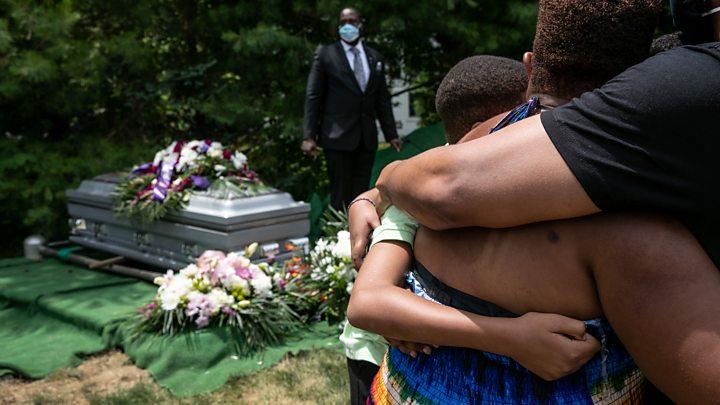 Covid: Número de mortos nos EUA ultrapassa 200.000 9