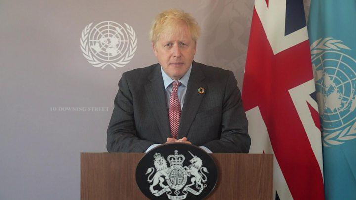 Sir David Attenborough warns world leaders over extinction crisis thumbnail