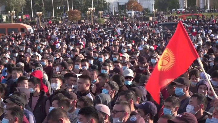 Kyrgyzstan election: Protests erupt in Bishkek over vote-rigging claims thumbnail