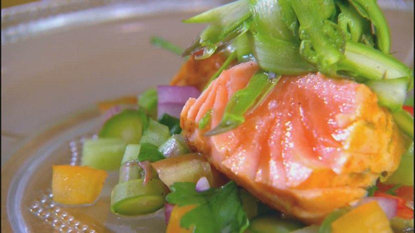 Seared salmon with asparagus salsa