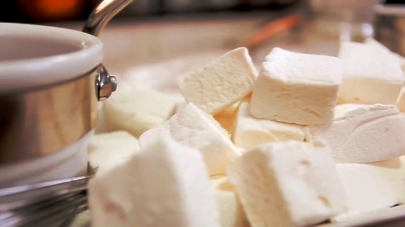 Homemade marshmallows with chocolate sauce