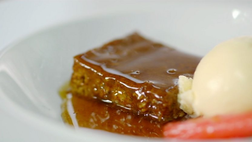 Baked ginger parkin with rhubarb