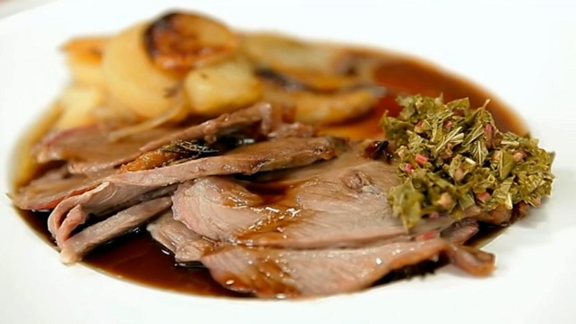 Weeping lamb with boulangère potatoes and mint sauce