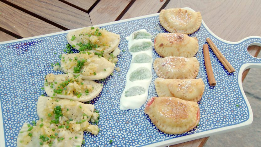 Mushroom and sauerkraut pierogi
