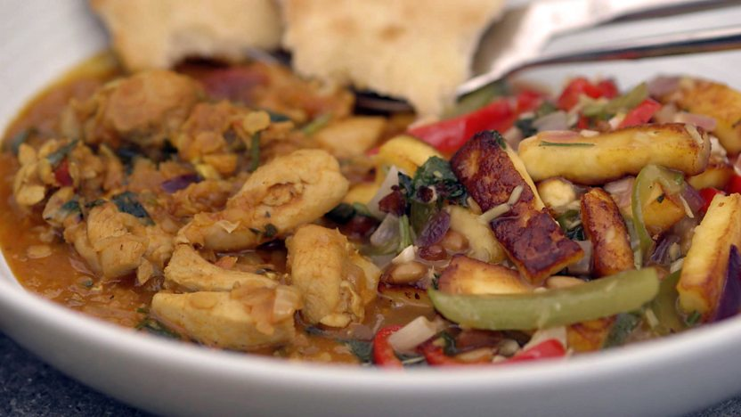 Dal chicken with chilli paneer and naan