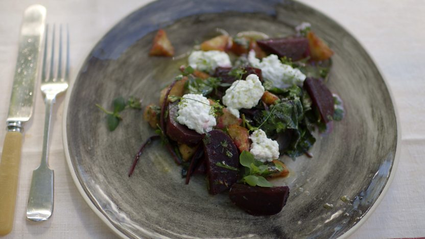 Beetroot salad with buffalo curd cheese
