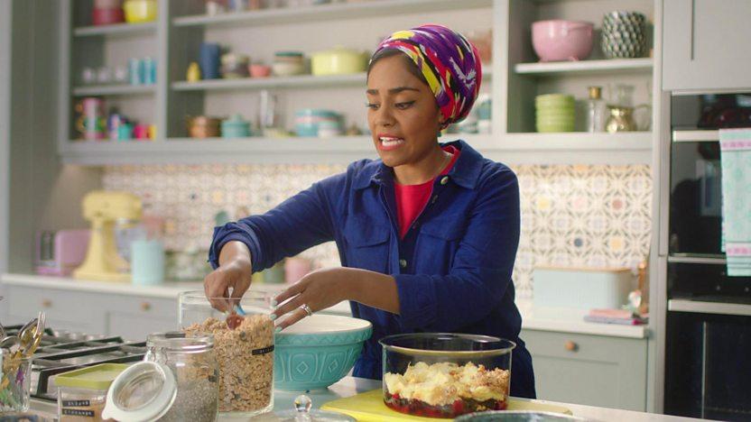 Chia, yoghurt and granola trifle