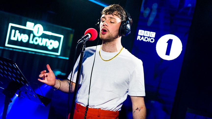 Tom Grennan brings it all to the Live Lounge