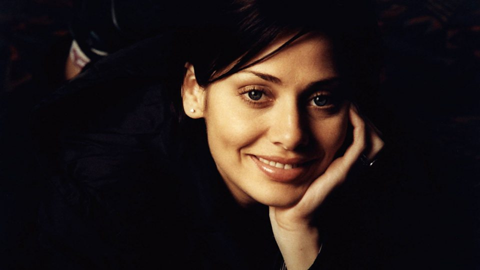 Natalie Imbruglia - New Songs, Playlists & Latest News - BBC