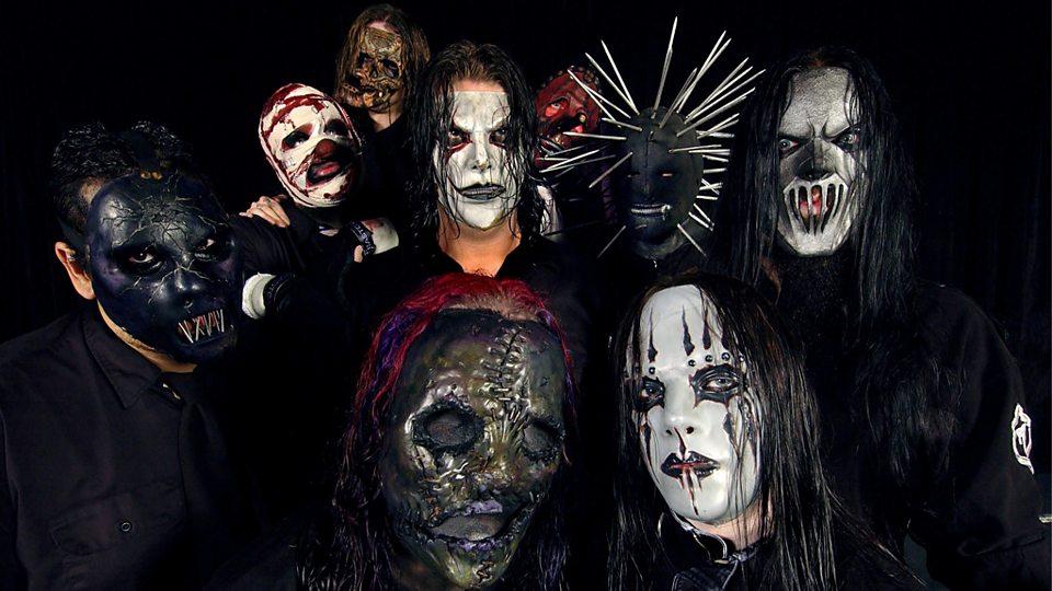 Американцы Slipknot регулярно меняют свой имидж, но маски остаются его неизменной частью