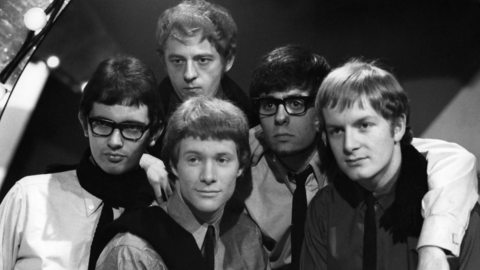 paul jones manfred mann tour dates Creature music limited controls the rights to all manfred mann's earth band, manfred mann chapter three, manfred mann 06 and manfred mann's plains music catalogue for the world.