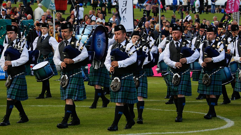 Inveraray & District Pipe Band - New Songs, Playlists