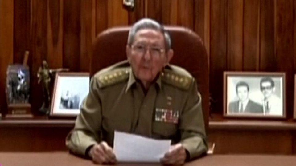 Raul Castro anunciou a morte do seu irmão na televisão estatal