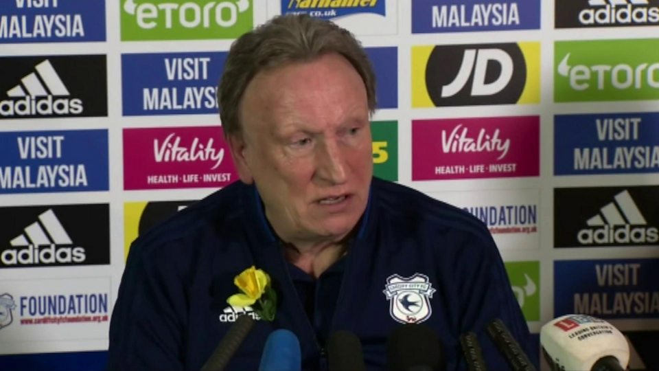 "Neil Warnock said he remembered Mr Ibbotson as a ""fabulous pilot"""