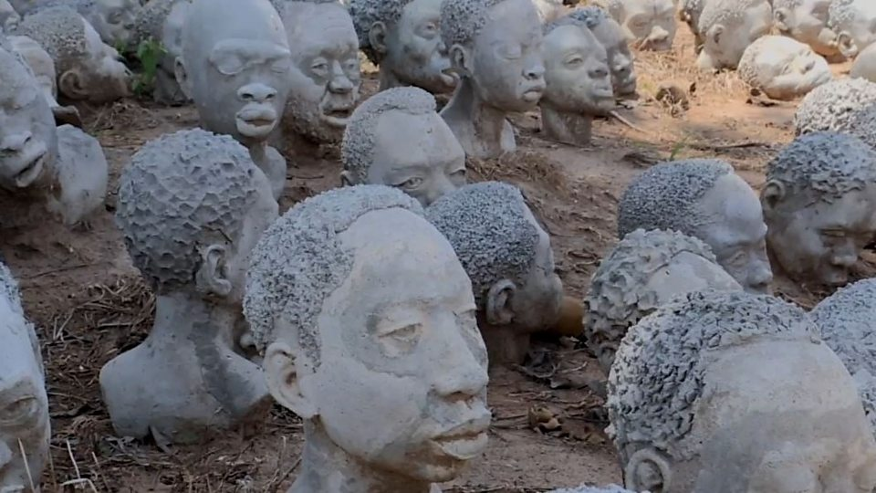 Ghanaian artist Kwame Akoto-Bamfo creates sculptures of slaves to immerse people in their experience.