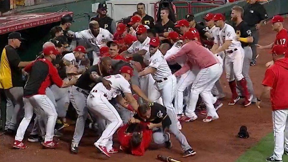 reds pirates brawl 2020