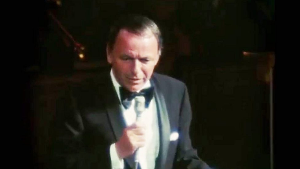 [WATCH] Frank Sinatra performs at his 1971 retirement concert in LA