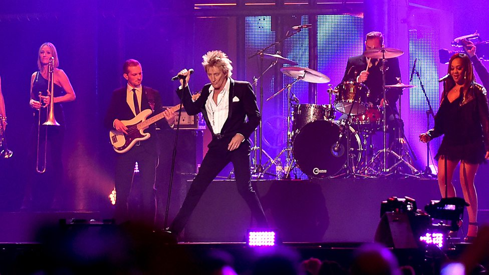Here's how Rod Stewart ruled the BBC Music Awards 2015