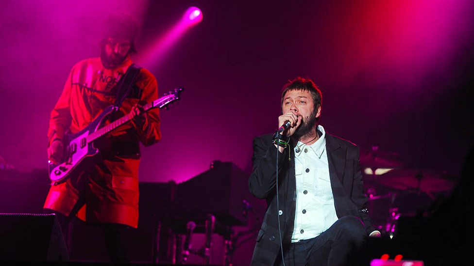 [WATCH] Kasabian perform Bless This Acid House at Reading + Leeds 2017