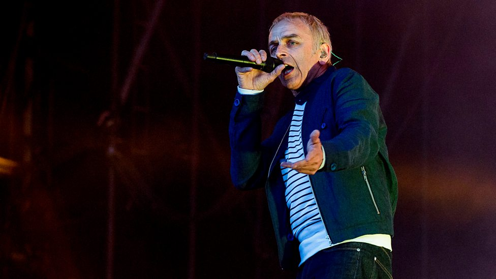 [WATCH] Underworld perform Born Slippy