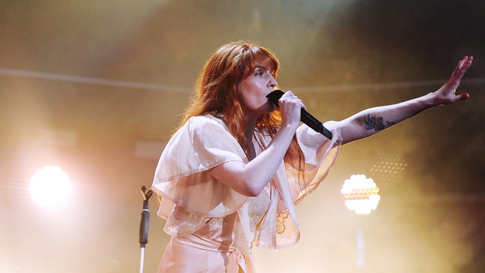 [WATCH] Florence + The Machine performing Hunger.