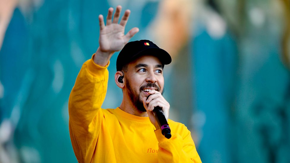 [WATCH] Mike Shinoda - Make It Up As I Go (Reading + Leeds 2018)