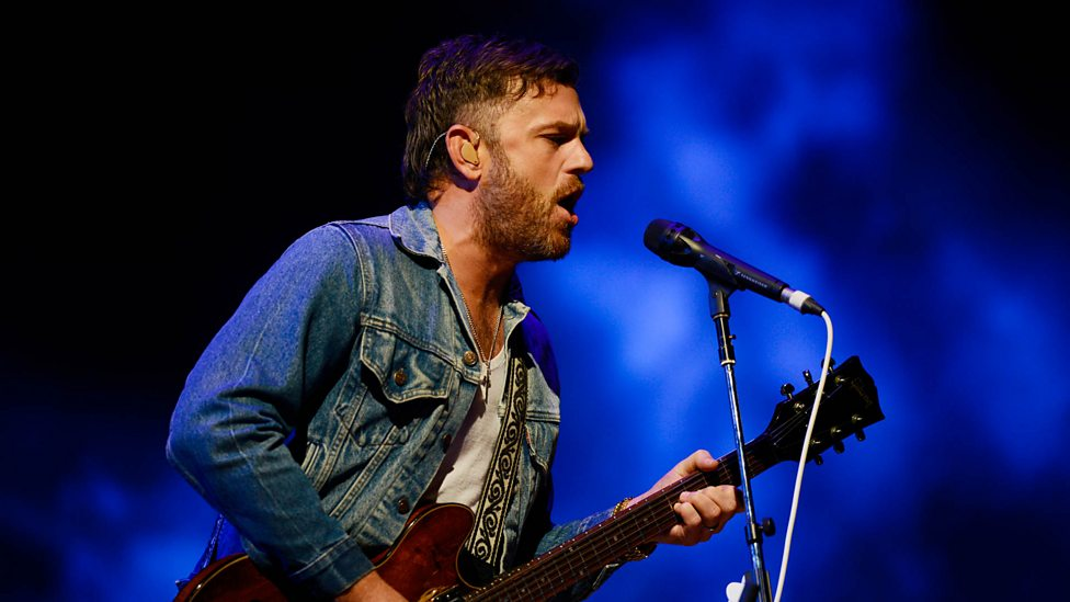 [WATCH] Kings Of Leon - On Call (Reading + Leeds 2018)