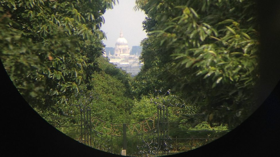 the view through a telescope What can you expect to see with your telescope see examples of pictures through different telescope aperture sizes for a clearer understanding.