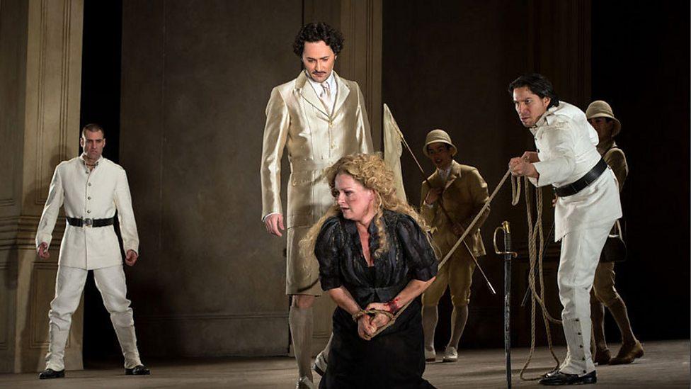 Saimir Pirgu as Alfredo and Natalie Dessay as Violetta in Santa Fe Opera s  production of