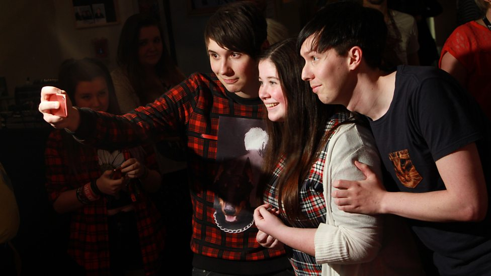 Dan And Phil Take Selfies At Radio 1s Academy In Glasgow