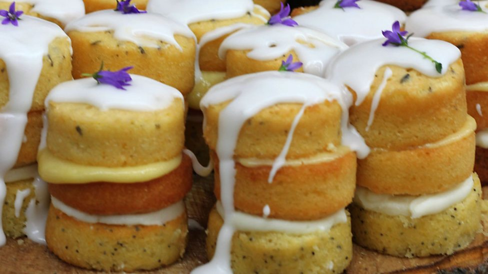 Bbc One Iain S Lemon Drizzle Cakes With A Mascarpone Filling
