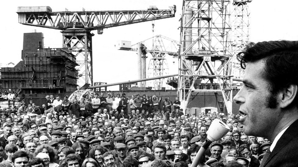 Jimmy Reid speaking at shipyard