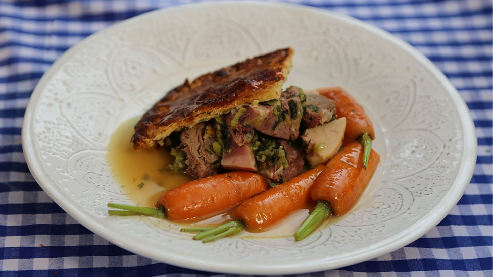 Chicken Ham Tongue And Leek Pie