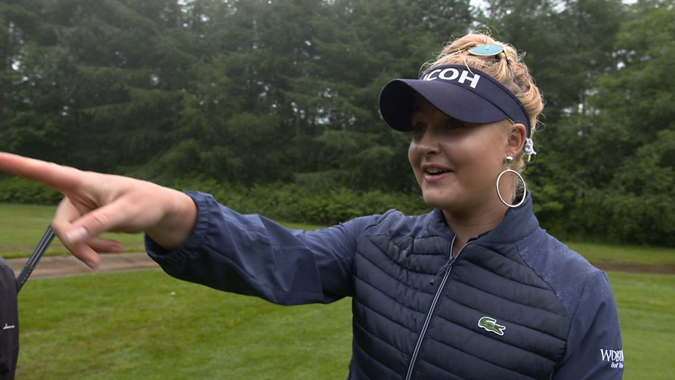 charley hull  falling squirrel interrupts interview with
