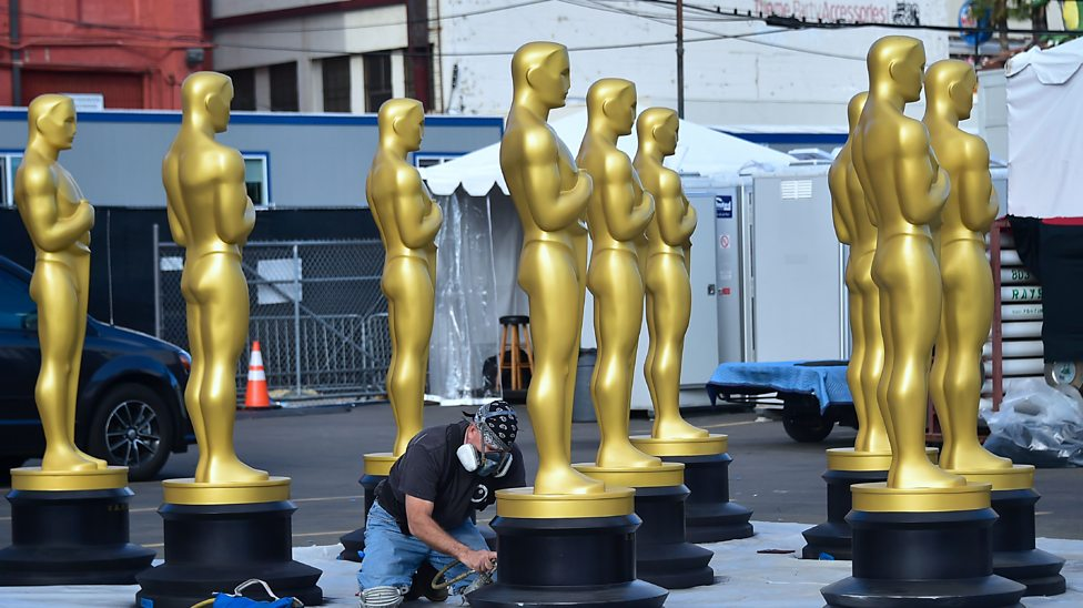 Hollywood gets ready for the Oscars