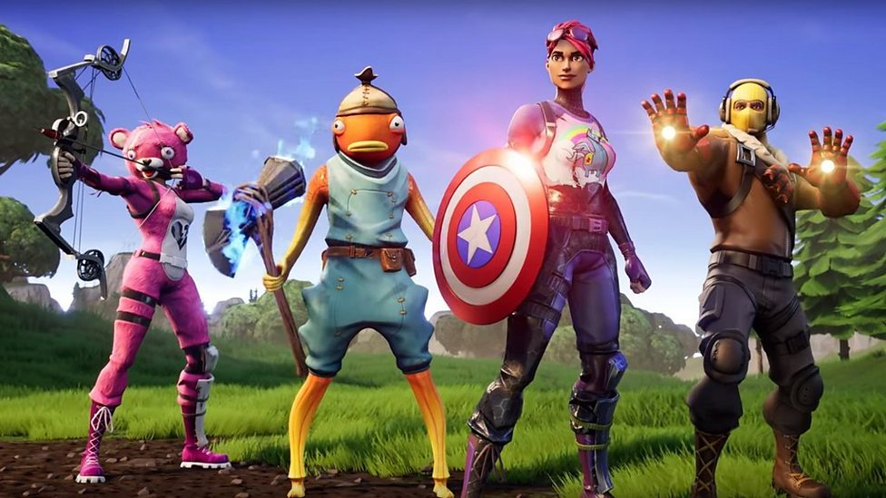 Fortnite Endgame Fight Thanos With Avengers Weapons Cbbc