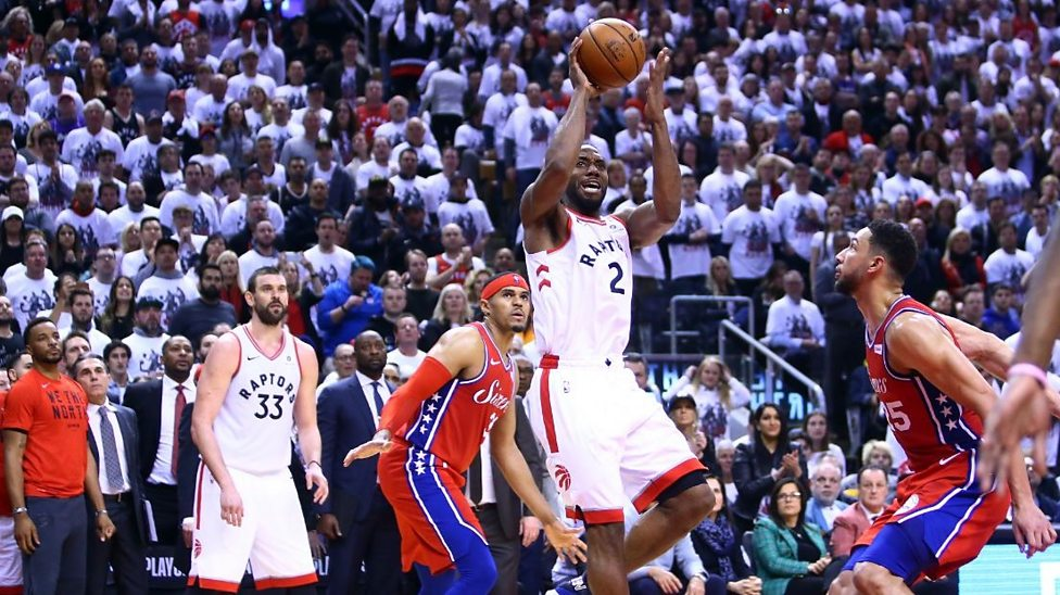 736bd89b257 Toronto Raptors  Kawhi Leonard hits buzzer-beater versus ...