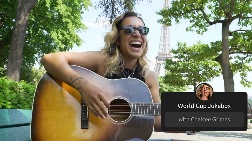 Chelcee Grimes performs songs by Dua Lipa and Blackpink while in Paris for  the Women's World Cup