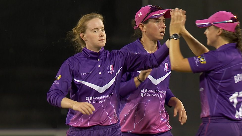 527a3aa26 Kirstie Gordon's hat-trick ball interrupted by rain in Loughborough  Lightning win