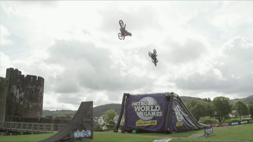The world's first 'triple-double motorbike' back-flip!