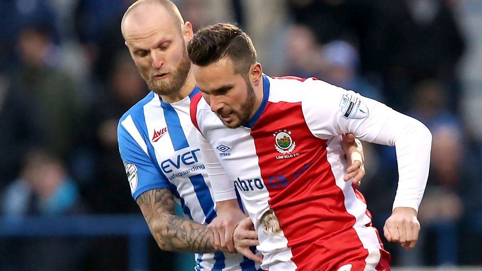 Coleraine hit back to draw with Linfield - BBC Sport